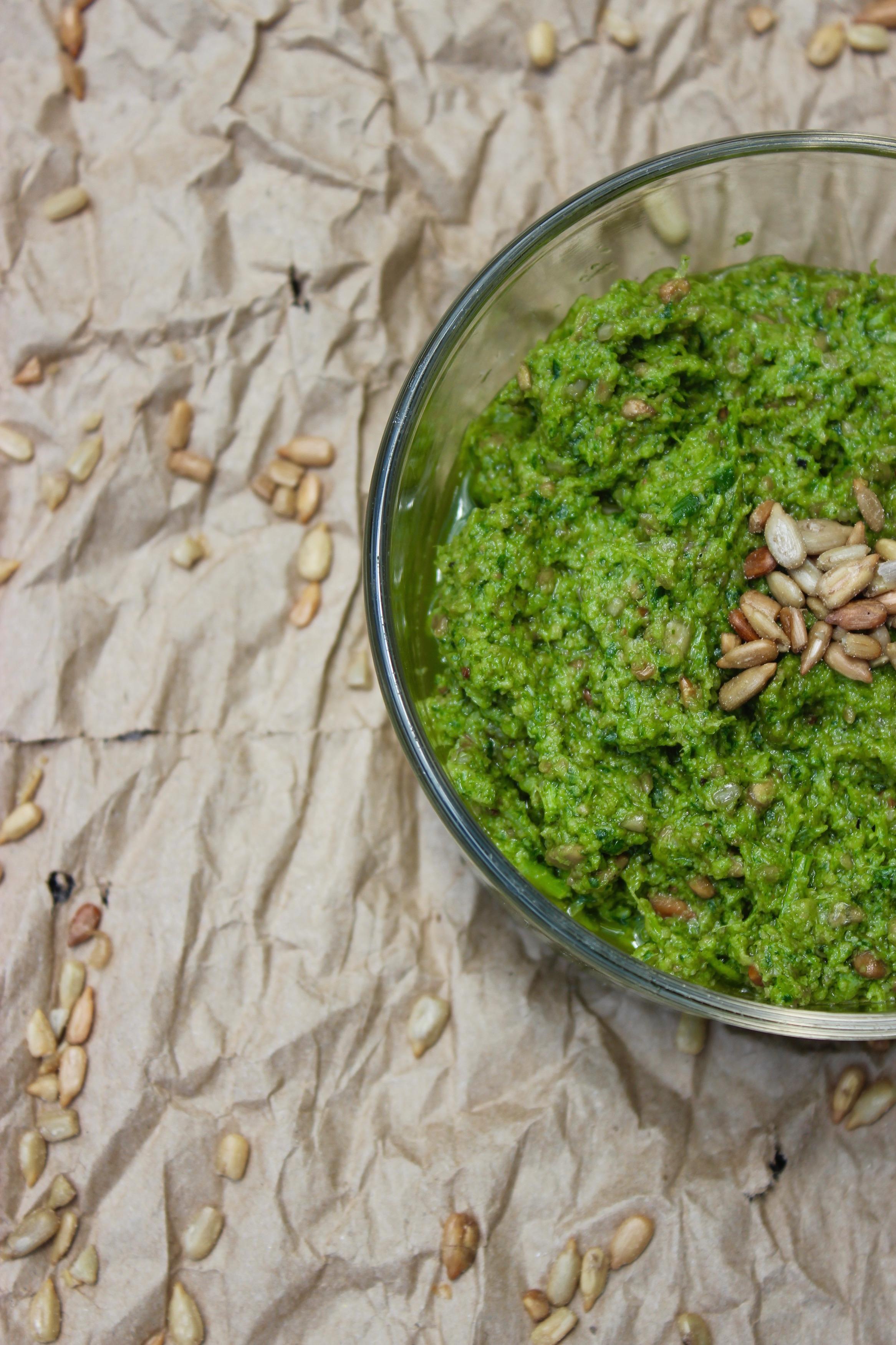 Pesto de hojas de rábano (V, GF)