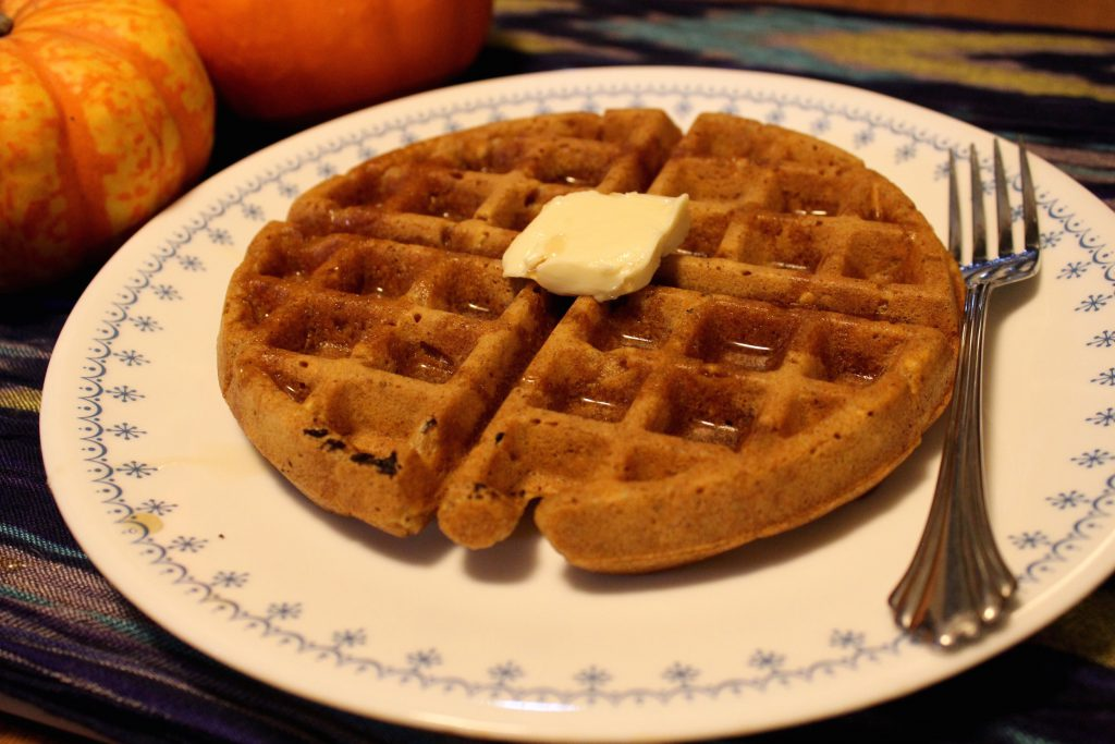 Puré de calabaza casero y waffles de especias de calabaza